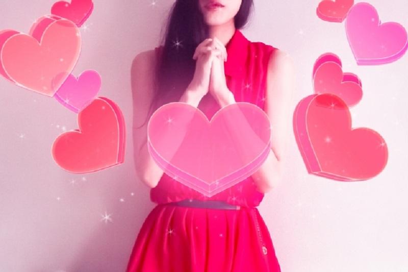恋愛成就・復縁成就を願う恋する女性